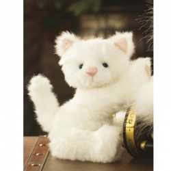 Charlie Bears Winter Wonderland Snowdrop Kitty